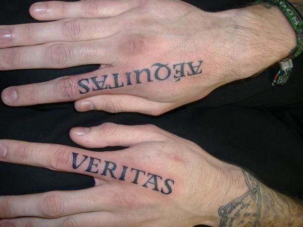 Tattoo der blutige pfad hand gottes The Boondock